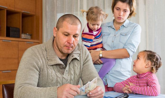 Daňová sleva na manželku: Nezapomeňte ji uplatnit
