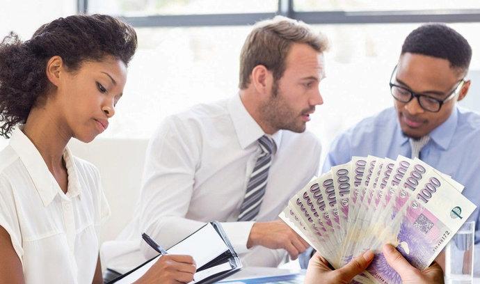 Ženy pracují zdarma do 18. března, jejich mzdy jsou výrazně nižší