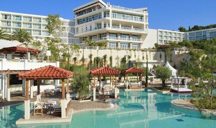 Rezervovat hotel na booking.com může být pro Čechy riskantní