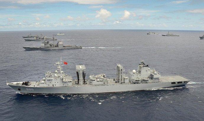 Čína a Rusko zahájily námořní cvičení v Jihočínském moři