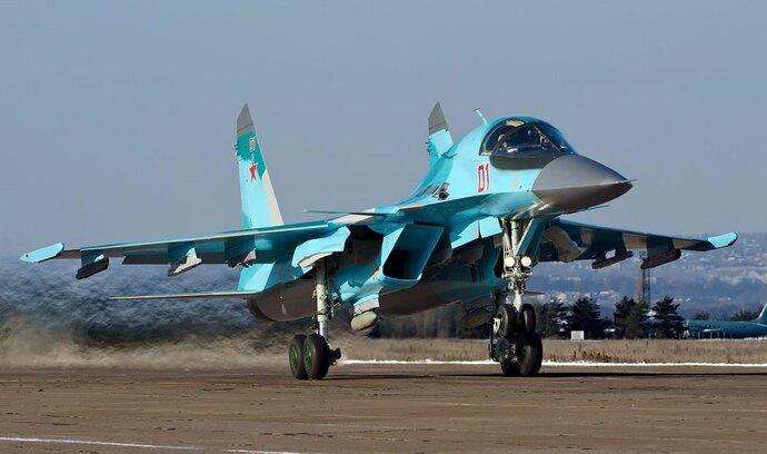 Rusko chce udržet pozici zbrojařské dvojky. Podnikům dá peníze na nové lidi