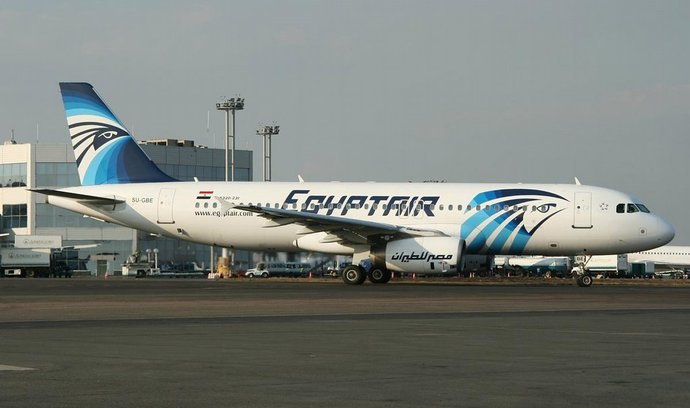 V audiozáznamu z havarovaného letounu EgyptAir je zmínka o ohni