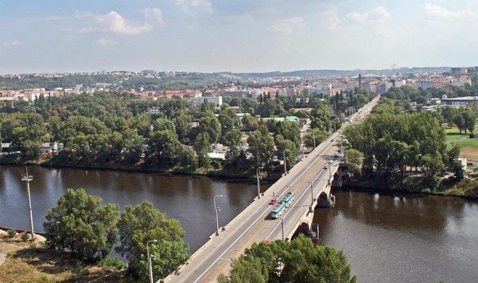 Praha neprodlouží povolení na opravu Libeňského mostu, čeká na verdikt ministerstva