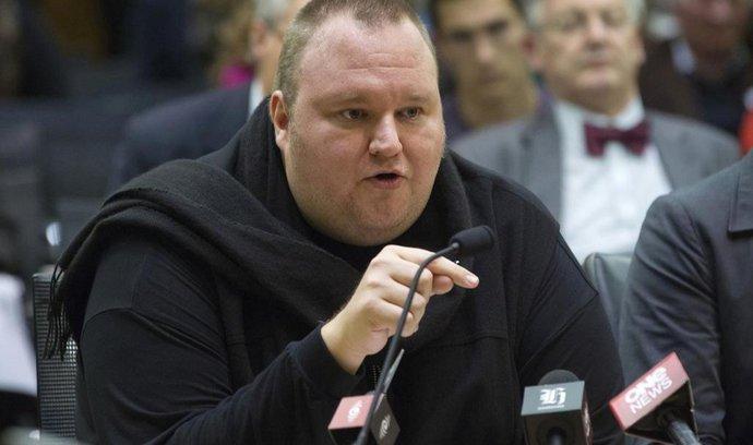 Novozélandský soud vydal Dotcoma do USA. Internetový magnát se odvolá