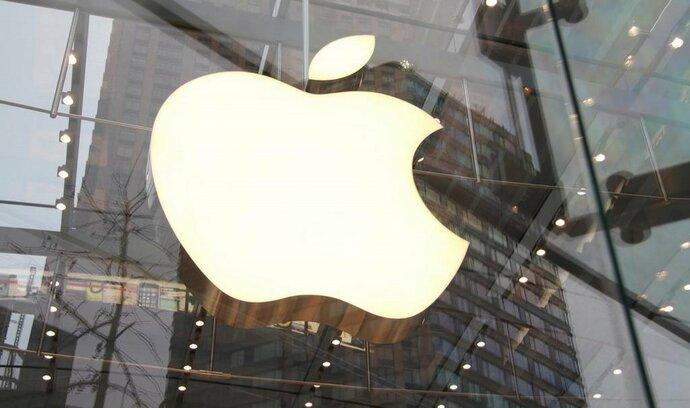 Apple odvádí ze zisku mimo USA jen minimální daně, ukazují uniklé dokumenty