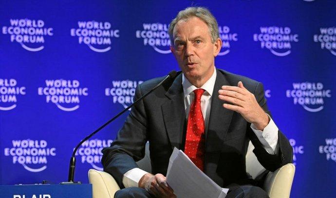 Bývalý britský premiér Tony Blair se dostal mezi ikony queer komunity