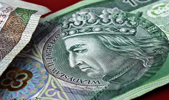 Češi investují do dluhů polských domácností