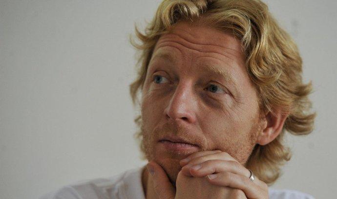 Janeček chce do startupů nalít 700 milionů, zpřístupní jim Sillicon Valley
