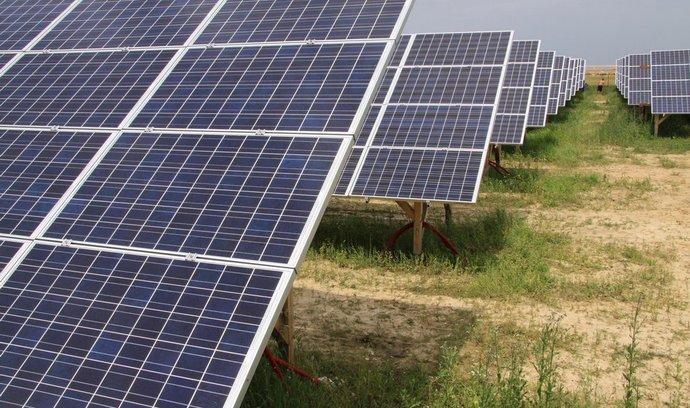 Solární boom končí. Výroba proudu ze slunce loni klesla o pět procent