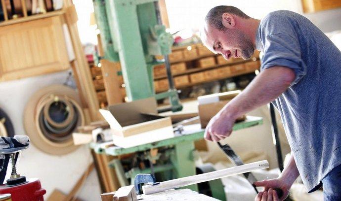 Živnostníci chtějí vlastní odbory, mají pomoci lépe čelit omezení od státu