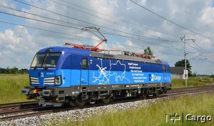 ČD Cargo převzalo první lokomotivu Vectron, už jezdí v modrých barvách