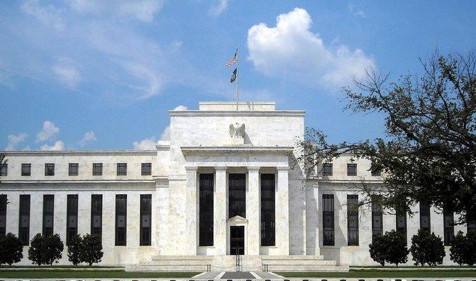 Šéf americké centrální banky: Ekonomice prospěje další zvyšování úroků