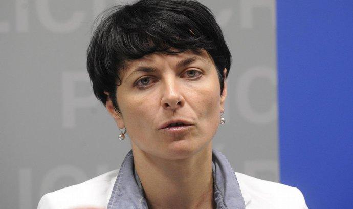 Komentář Dušana Šrámka: Vrchní státní zástupkyně Bradáčová si dělá z poslanců dobrý den