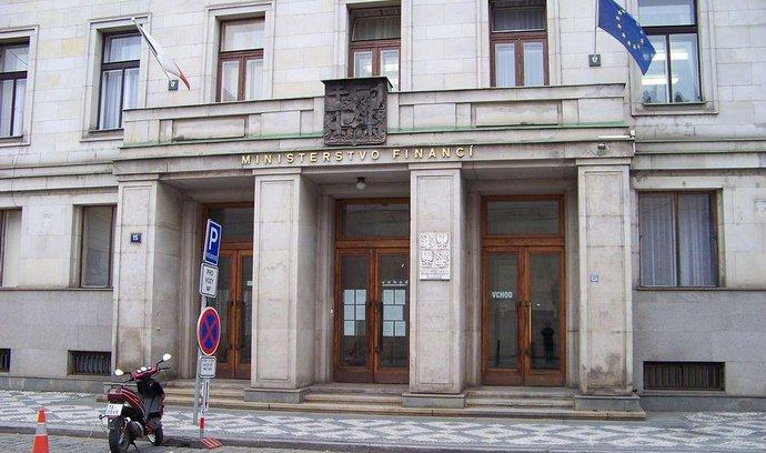 Pilného úřad jedná o prodeji slovinských papíren Vipap