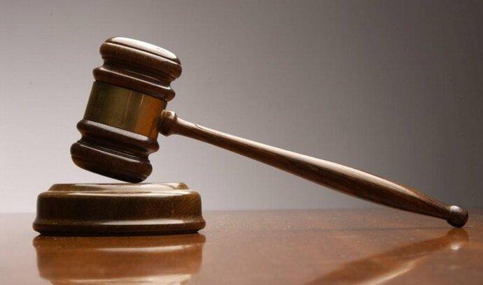 Stát upřel soudcům část mzdy, desítky z nich žádají odškodné
