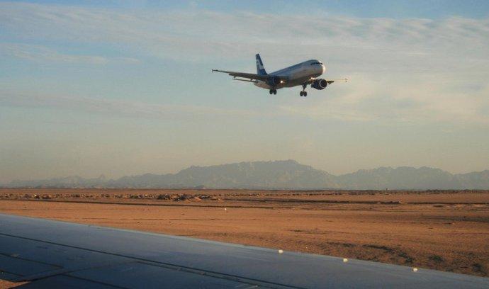 Cestovky obnovují lety do Egypta, Česko ale cesty stále nedoporučuje