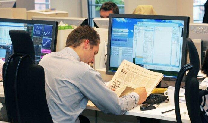 Ruský akciový trh navzdory novým sankcím roste. Oslabila naopak Evropa