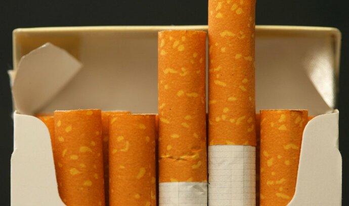 Češi méně kouří, loňský výběr spotřební daně po letech klesl