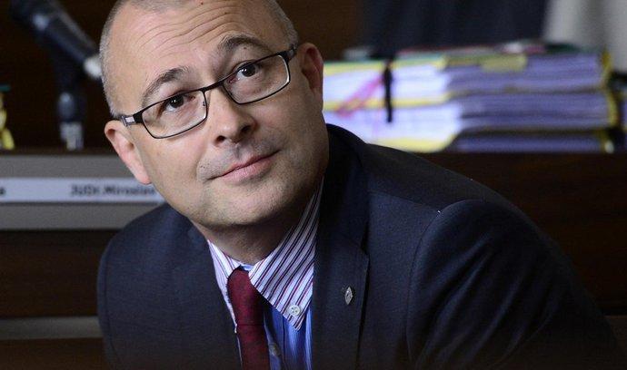 Exministr Barták byl odvolán z dozorčí rady Chrenkova Agelu