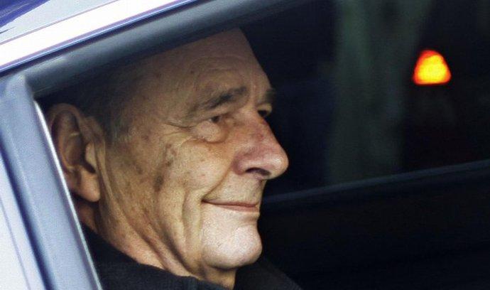 Bývalý prezident Chirac dostal dvouletý podmíněný trest vězení