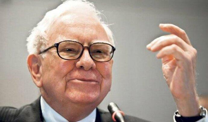 Buffett očekává negativní vývoj ekonomiky
