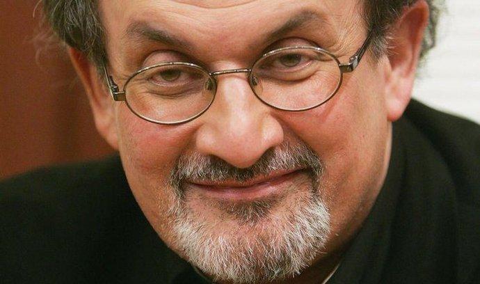 Rushdie zvítězil ve sporu s Facebookem, může použít jméno Salman