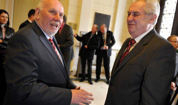 Další Zemanovi kandidáti na ústavní soudce: Šimáčková, Výborný a David