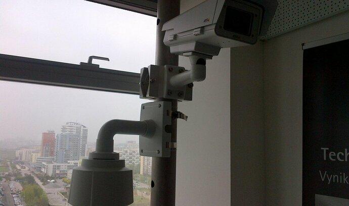 Ruský server získal hesla k bezpečnostním kamerám z celého světa
