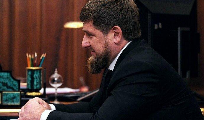 Ruská opozice žádá stíhání čečenského vůdce. Za výhrůžky fyzickou likvidací