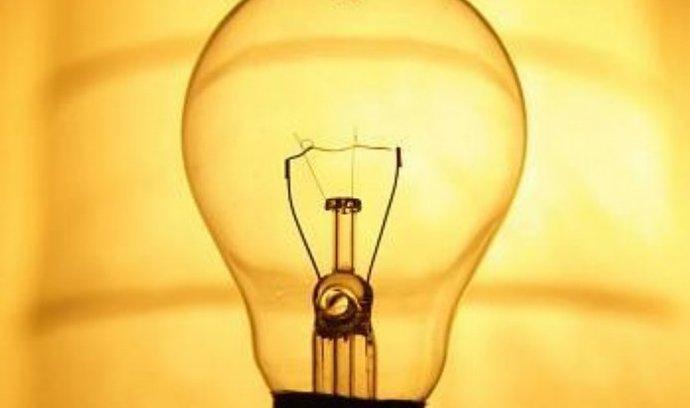 Padající ceny elektřiny a plynu připravily Lumius o 15 procent tržeb