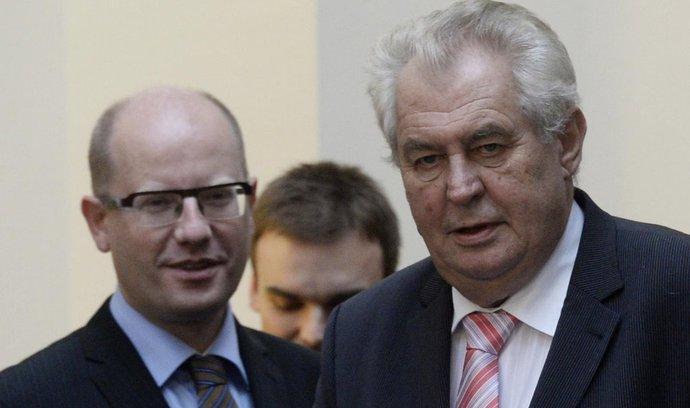 Sobotka: Zeman by měl své postoje a výroky konzultovat s vládou