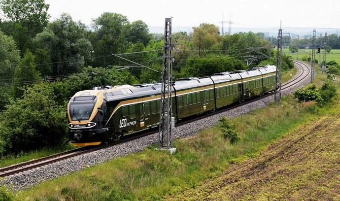 Vlaky Leo Express mohou jezdit do Polska, dopravce plánuje zavedení linky do Krakova