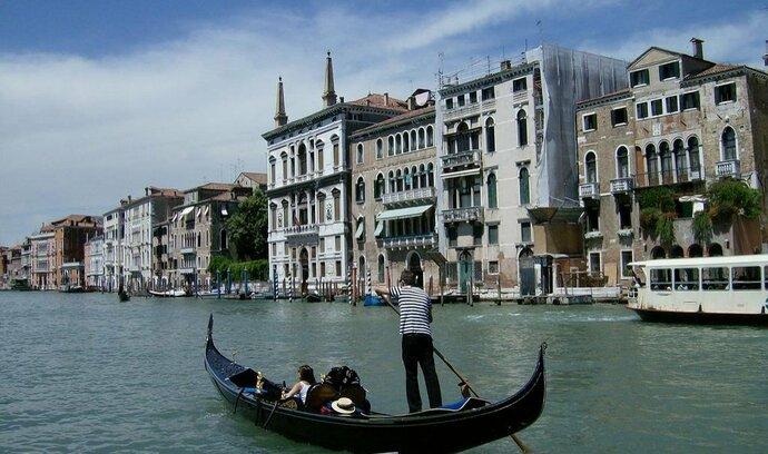 V Itálii být nechceme, rozhodli Benátčané. Řím může referendum s klidem ignorovat