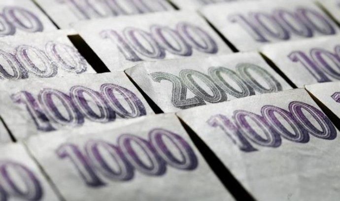 Český dluh v rukou cizinců: zahraniční investoři mají přes 30 procent dluhopisů