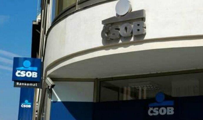 ČSOB půjčí miliardy vládě Pobřeží slonoviny na české autobusy