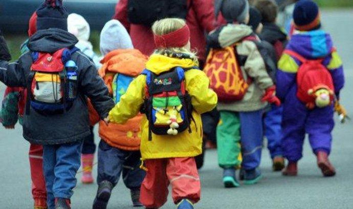 Tchibo v Německu nabídne službu pronájmu oděvů pro děti