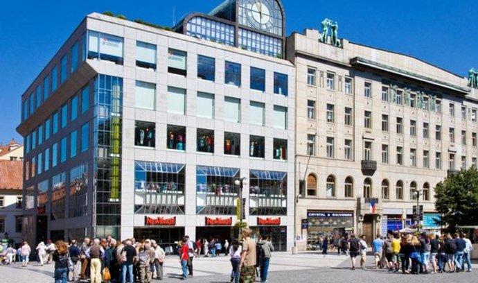 New Yorker v Česku zvýšil zisk o třetinu, vydělal skoro půl miliardy