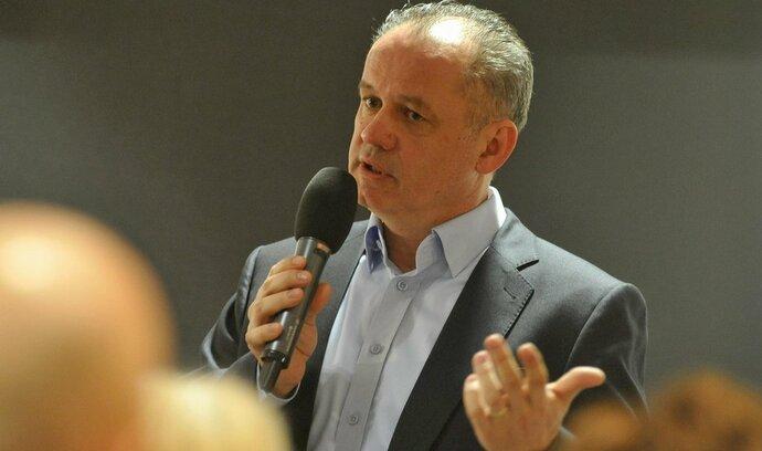 Slovenské volby: Kiska ve finiši čelí negativní kampani