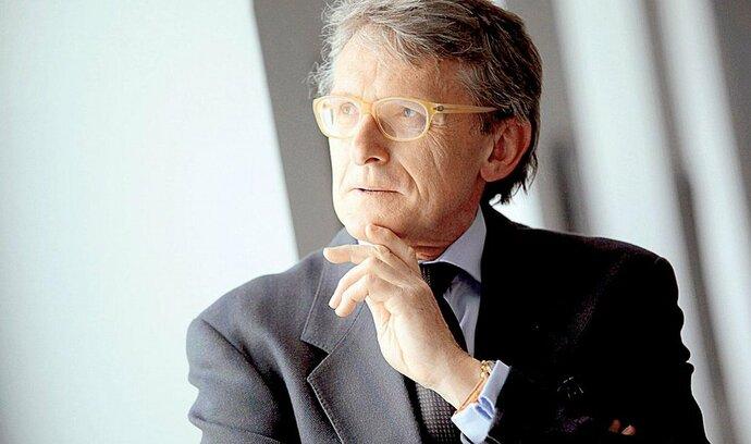 Robejšek představil program. Odmítá euro a chce vojnu