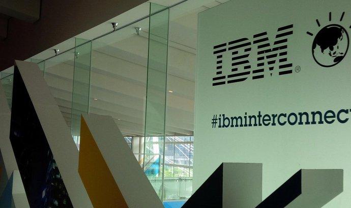 IBM investuje miliardy dolarů do podpory Linuxu a otevřeného softwaru