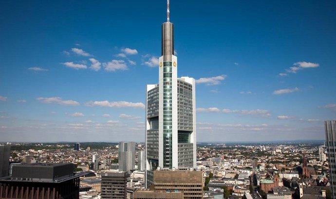 Commerzbank šetří. Propustí pětinu zaměstnanců a nevyplatí žádnou dividendu
