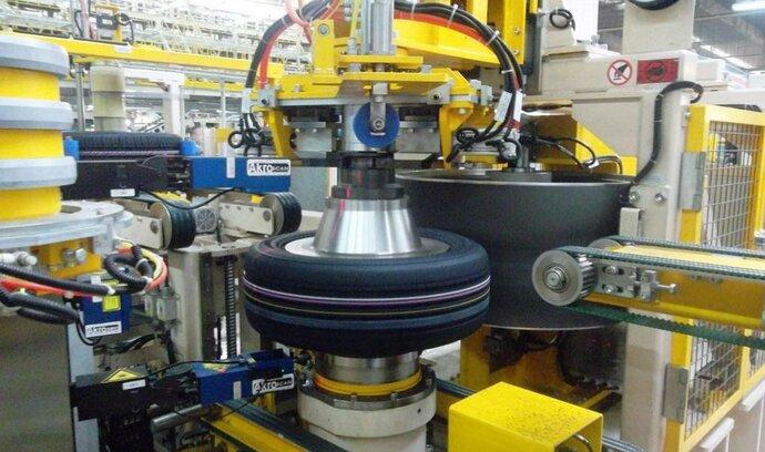Nexen spouští výrobu pneu v kritický čas, varují analytici
