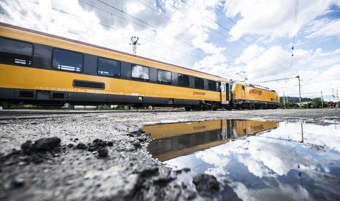 Jančura má na Slovensku další spory. Podle ministerstva dopravy nedodržuje kapacitu vlaků