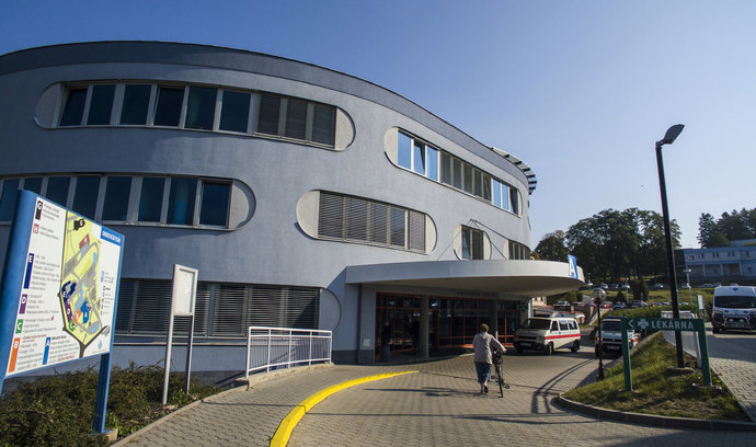 Miliardový tendr na přestavbu nemocnice v Náchodě vyhrál Geosan-BAK