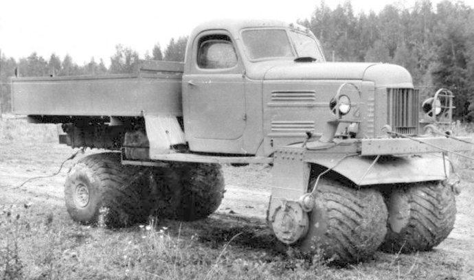 Inženýrské orgie: Podívejte se na nejdivočejší prototypy sovětských náklaďáků