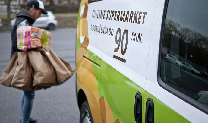 Potraviny online Češi nakupují hlavně kvůli pohodlí, tvrdí průzkum