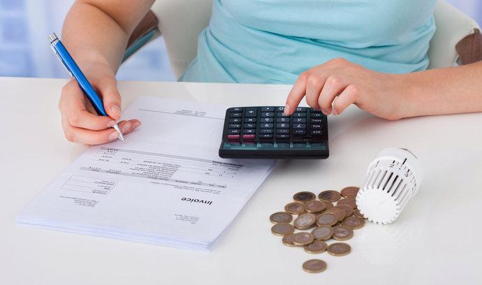 Kalkulačky: Spočítejte si mateřskou, důchod, čistou mzdu či nemocenskou