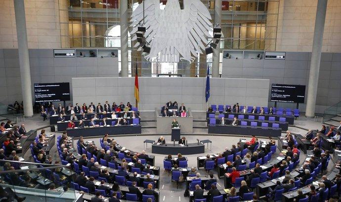 Polsko nemá na válečné reparace žádný nárok, zní ze Spolkového sněmu