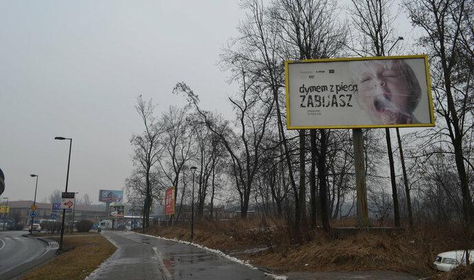 V Polsku je letošní zimu horší smog než v Číně. Život se tím nikomu nezkrátí, zlehčuje ministr