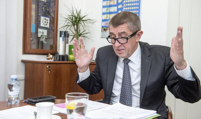 Růst českého dluhu vůči zahraničí výrazně zrychlil, přesahuje 3,5 bilionu korun